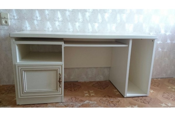 Письменный стол Венеция/Палермо